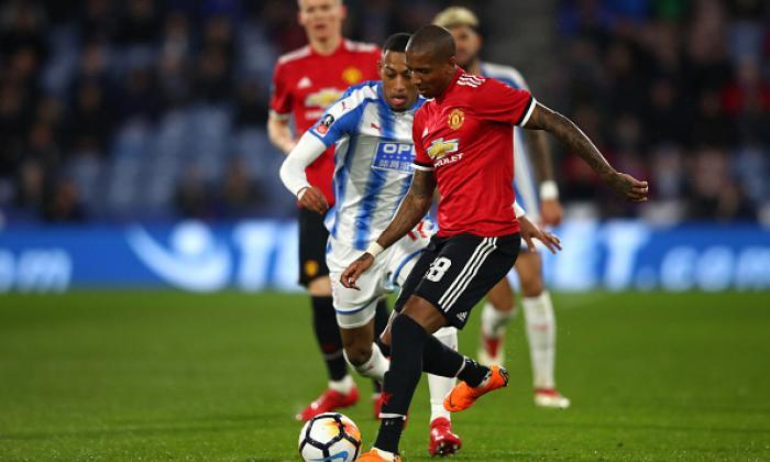 Huddersfield Town - Manchester United
