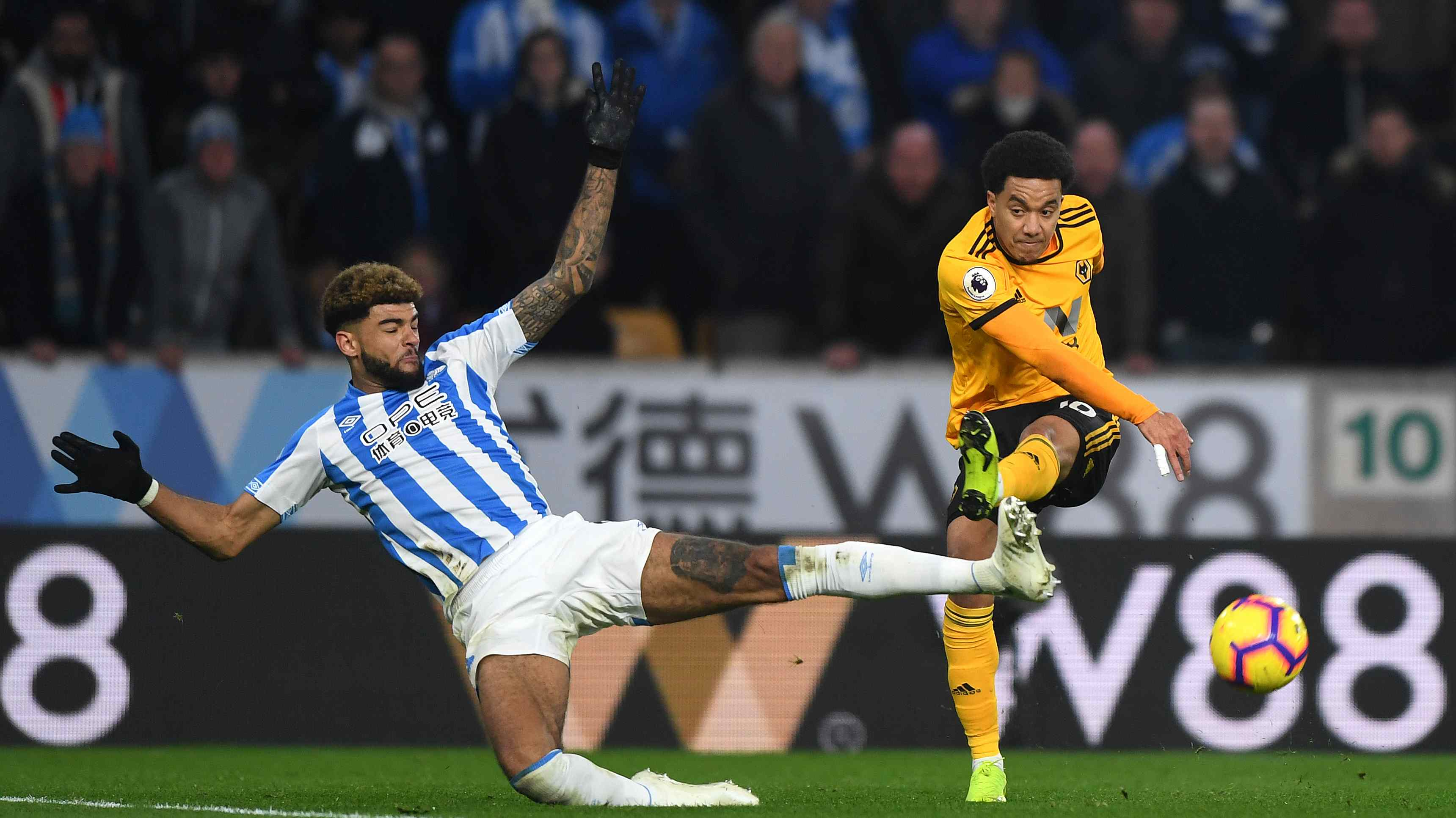 Huddersfield Town - Wolves